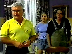 Lou Carpenter, Libby Kennedy, Darren Stark in Neighbours Episode 2788