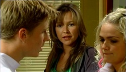 Boyd Hoyland, Steph Scully, Sky Mangel in Neighbours Episode 4697