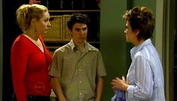 Janelle Timmins, Stingray Timmins, Lyn Scully in Neighbours Episode 4697