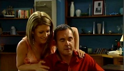Izzy Hoyland, Karl Kennedy in Neighbours Episode 4698