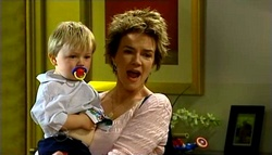 Oscar Scully, Lyn Scully in Neighbours Episode 4698
