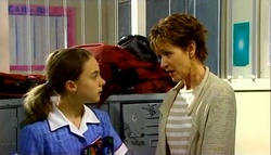 Summer Hoyland, Susan Kennedy in Neighbours Episode 4699