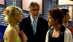 Sindi Watts, Gary Evans, Susan Kennedy in Neighbours Episode 4700