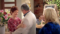 Susan Kennedy, Karl Kennedy, Sheila Canning in Neighbours Episode 7796