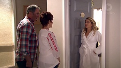 Karl Kennedy, Susan Kennedy, Izzy Hoyland in Neighbours Episode 7798