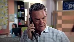 Paul Robinson in Neighbours Episode 7798