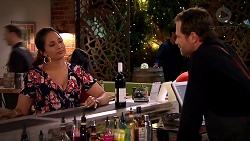 Dipi Rebecchi, Shane Rebecchi in Neighbours Episode 7800