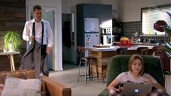 Mark Brennan, Piper Willis in Neighbours Episode 7800
