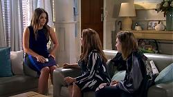 Paige Novak, Terese Willis, Piper Willis in Neighbours Episode 7801