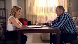 Izzy Hoyland, Karl Kennedy in Neighbours Episode 7801