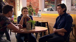 Aaron Brennan, Amy Williams, Leo Tanaka in Neighbours Episode 7802