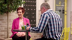 Susan Kennedy, Karl Kennedy in Neighbours Episode 7802