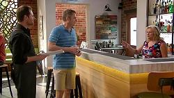 Shane Rebecchi, Gary Canning, Sheila Canning in Neighbours Episode 7805