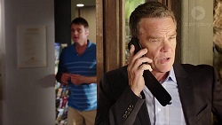 Gary Canning, Paul Robinson in Neighbours Episode 7805
