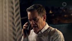 Paul Robinson in Neighbours Episode 7806