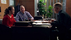 Holly Hoyland, Karl Kennedy, Clive Gibbons in Neighbours Episode 7809