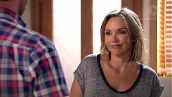 Steph Scully in Neighbours Episode 7810
