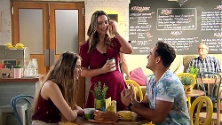 Chloe Brennan, Amy Williams, Aaron Brennan in Neighbours Episode 7810