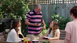 Elly Conway, Karl Kennedy, Holly Hoyland, Susan Kennedy in Neighbours Episode 7812