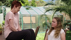 Susan Kennedy, Holly Hoyland in Neighbours Episode 7813