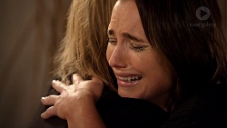 Steph Scully, Amy Williams in Neighbours Episode 7814