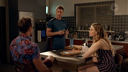 Aaron Brennan, Mark Brennan, Chloe Brennan in Neighbours Episode 7814