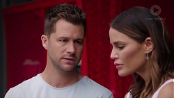 Mark Brennan, Elly Conway in Neighbours Episode 7814