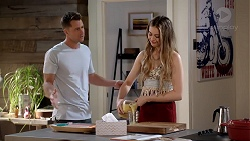 Mark Brennan, Chloe Brennan in Neighbours Episode 7815