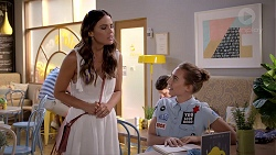 Elly Conway, Piper Willis in Neighbours Episode 7815