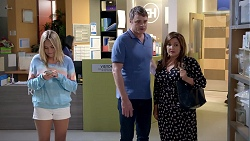 Xanthe Canning, Gary Canning, Terese Willis in Neighbours Episode 7815