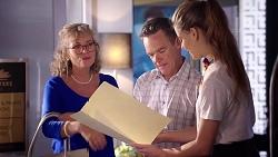 Jane Harris, Paul Robinson, Chloe Brennan in Neighbours Episode 7816