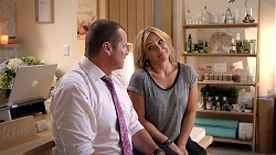 Toadie Rebecchi, Steph Scully in Neighbours Episode 7818