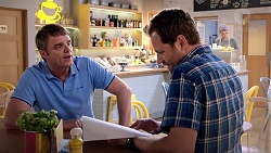 Gary Canning, Shane Rebecchi in Neighbours Episode 7818