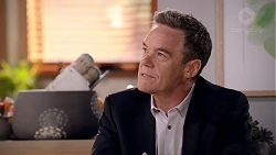 Paul Robinson in Neighbours Episode 7819