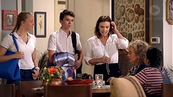 Poppy Ryan, Jimmy Williams, Amy Williams, Jane Harris, Kirsha Rebecchi in Neighbours Episode 7820
