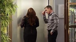 Terese Willis, Paul Robinson in Neighbours Episode 7820