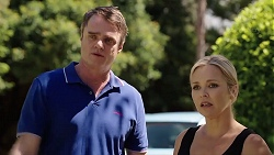 Gary Canning, Steph Scully in Neighbours Episode 7820