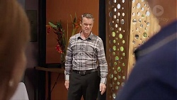 Paul Robinson in Neighbours Episode 7821