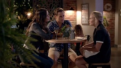 Elly Conway, Aaron Brennan, Xanthe Canning in Neighbours Episode 7821