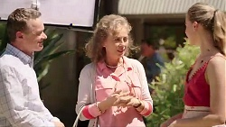 Paul Robinson, Jane Harris, Chloe Brennan in Neighbours Episode 7822