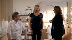 Gary Canning, Steph Scully, Terese Willis in Neighbours Episode 7825