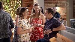 Amy Williams, Chloe Brennan, Aaron Brennan in Neighbours Episode 7826