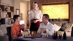 Jimmy Williams, Chloe Brennan, Paul Robinson in Neighbours Episode 7827