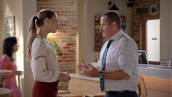 Chloe Brennan, Toadie Rebecchi in Neighbours Episode 7827