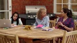 Kirsha Rebecchi, Jane Harris, Dipi Rebecchi in Neighbours Episode 7828