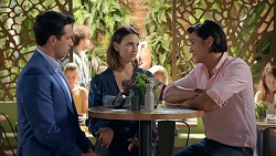Liam Barnett, Amy Williams, Leo Tanaka in Neighbours Episode 7828