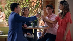 Liam Barnett, Amy Williams, Leo Tanaka, Elly Conway in Neighbours Episode 7828