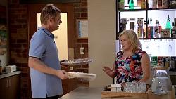 Gary Canning, Sheila Canning in Neighbours Episode 7830