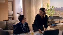 Jimmy Williams, Amy Williams in Neighbours Episode 7831