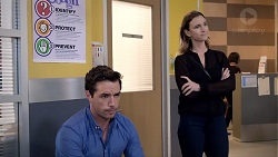 Liam Barnett, Amy Williams in Neighbours Episode 7832